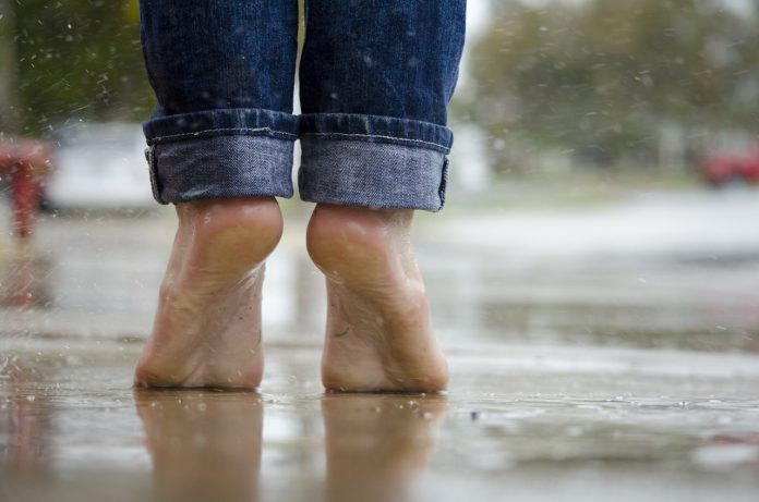 Homemade natural remedies for cracked heels